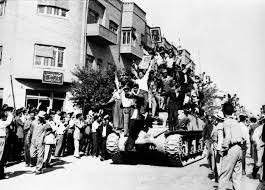 Quelle était le point de vue de l`Imam Khomeiny (Que DIEU sanctifie son noble secret) sur le coup d`Etat du 19 août 1953 ?