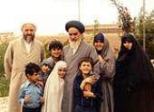 Imam Khomeini avec sa famille