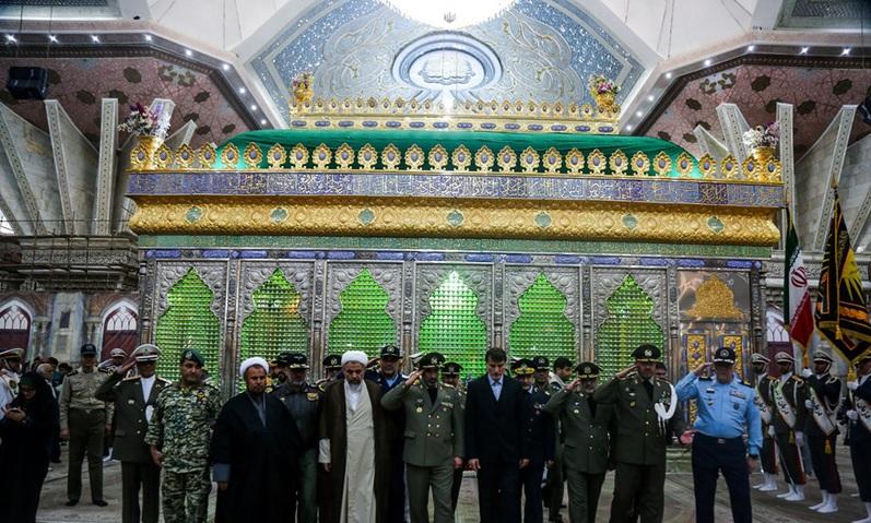 Le renouvellement des militaires de l`armée avec les idéaux de l`Imam Khomeini (Que DIEU sanctifie son noble secret)