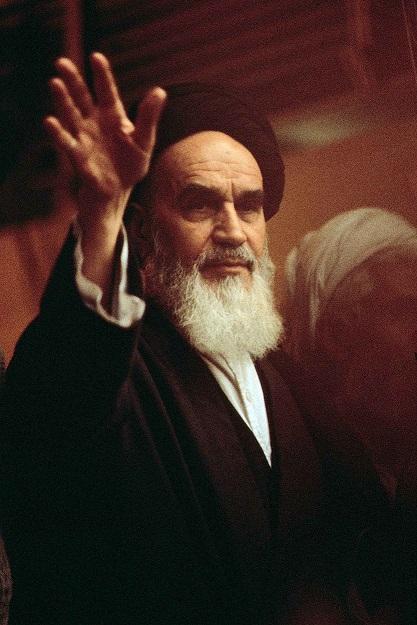 Pourquoi l'Imam Khomeiny (paix à son âme) ne s'était-il pas rendu à Machhad après la révolution islamique ?