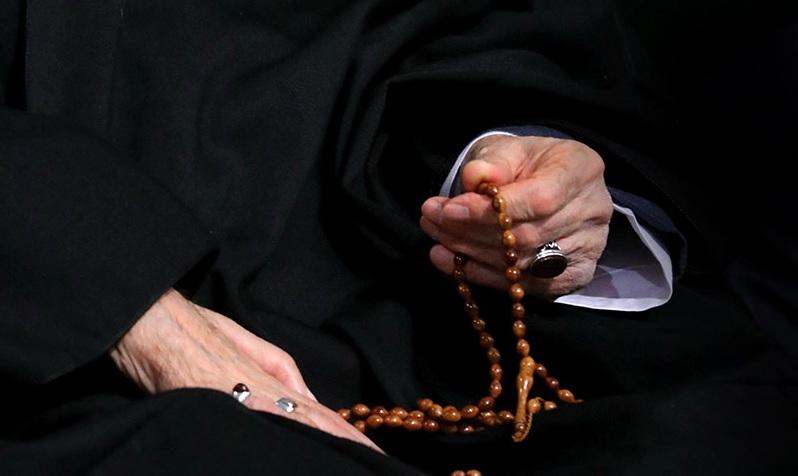 Cérémonie de deuil à l`occasion du martyre de Hazrat Fatima au Hosseiniyeh de Jamaran et au Mausolée de l`Imam Khomeini