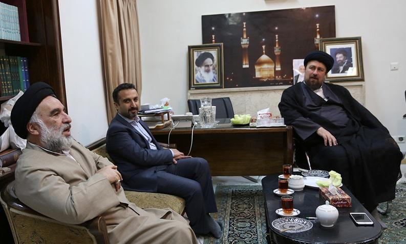 Sayyid Hassan Khomeini et les membres du conseil chiite européens