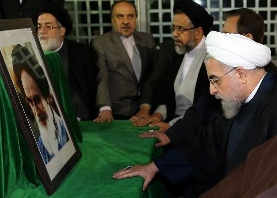 Le président iranien et son cabinet renouvellent leur allégeance aux causes de l`imam Khomeini