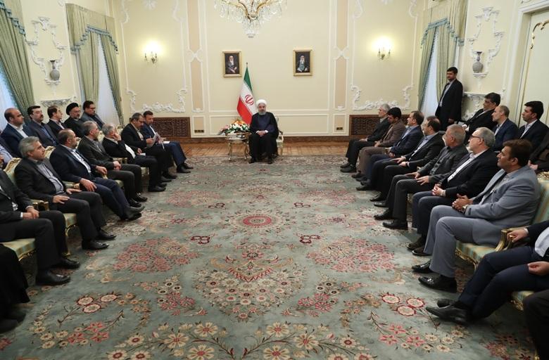 Le président iranien salue les interactions constructives avec les voisins et le monde