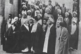 L'Imam Khomeiny (paix à son âme) au cours de la première décennie du mois de Muharram