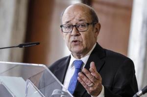 La France insiste sur «la nécessité de permettre à l`Iran de continuer à vendre son pétrole»