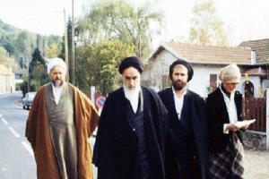 L'émigration de l'Imam Khomeiny (paix à son âme) en France