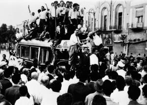 Les problèmes internes et les conflits politiques en Iran