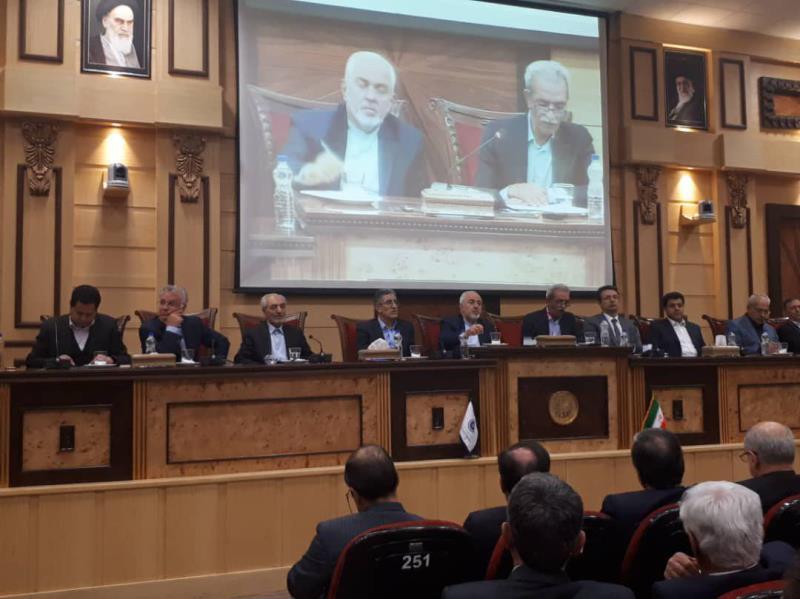 Zarif: L`ennemi vise l`anéantissement de l`Iran, pas le système