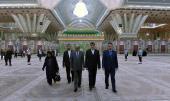 l`hommage rendu par le Ministre des affaire étrangères du Sri Lanka à grand statut de l`Imam Khomeini(que Dieu sanctifie son noble secret)