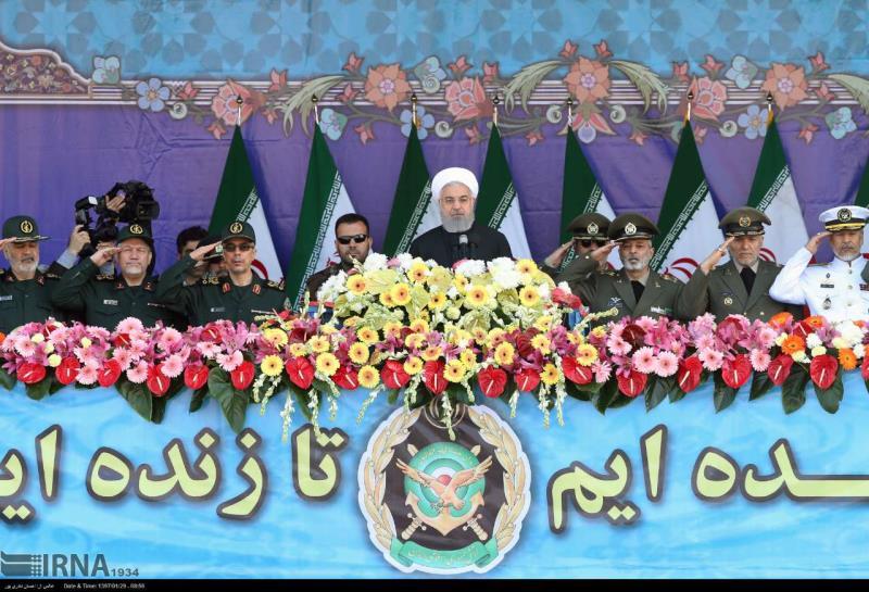 Rohani: L'armée iranienne toujours prête à défendre le pays