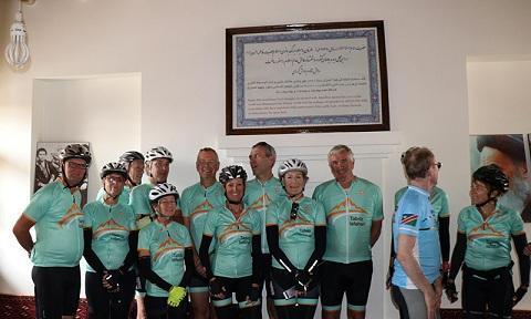 Visite de la maison de l'Imam Khomeiny (paix à son âme) par des touristes belges