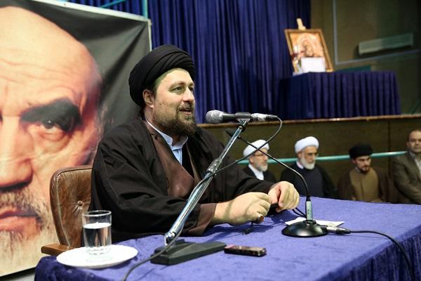 Rencontre de quelques membres du parti de la République islamique avec Seyyed Hassan Khomeini.