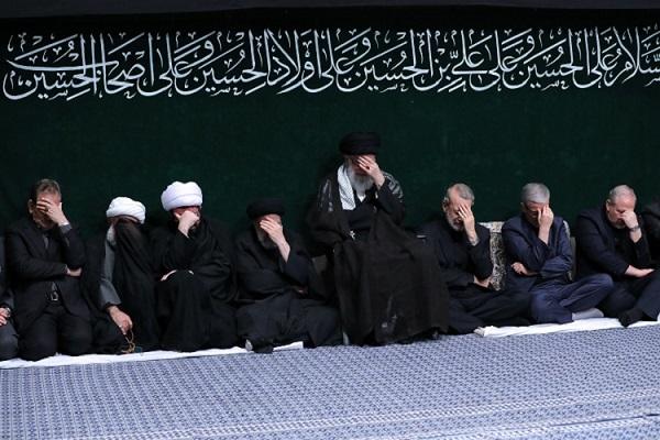 Commémoration du martyre de l'imam Hussein (as) en présence du guide suprême