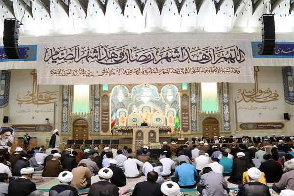 La commémoration de l`anniversaire du décès de l`Imam Khomeini au Saint Sanctuaire de Hazrat Massoumah