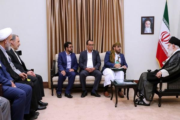 Rencontre du porte-parole du mouvement Ansarullah du Yémen avec le guide suprême de la révolution islamique