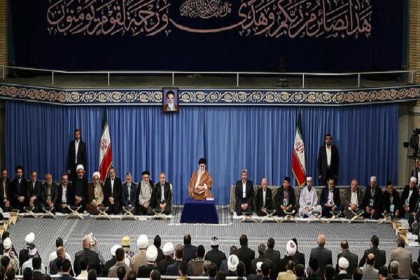 Le Leader reçoit les professeurs, récitateurs et mémorisateurs du Coran