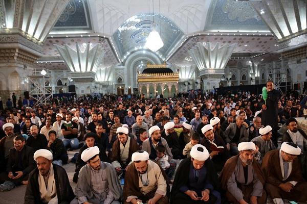 Cérémonie de la nuit du destin au mausolée de l'imam Khomeini