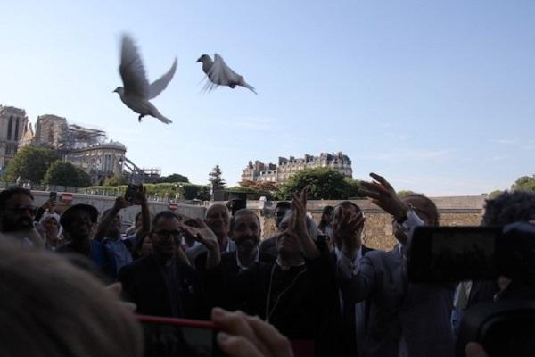 Chrétiens et Musulmans ensemble pour Notre-Dame de Paris