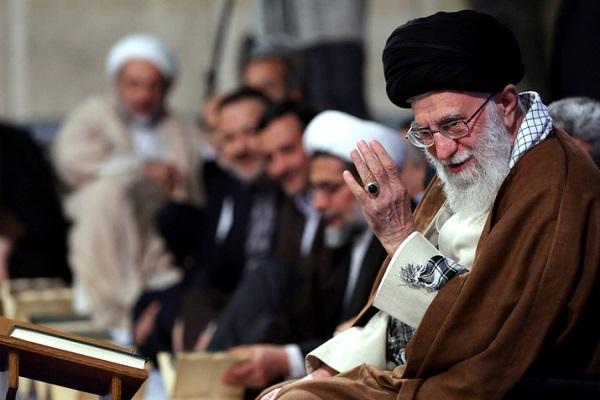 Le cercle de lecture du Coran généreux chez le Guide suprême