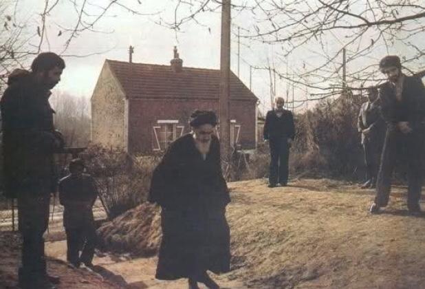 Qu'est-ce que les voisins français de l'Imam Khomeiny disaient à propos de lui?