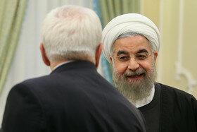Rohani refuse la démission de Zarif