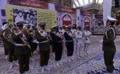 La commémoration de la journée de la république Islamique dans le sanctuaire de l'Imam Khomeiny