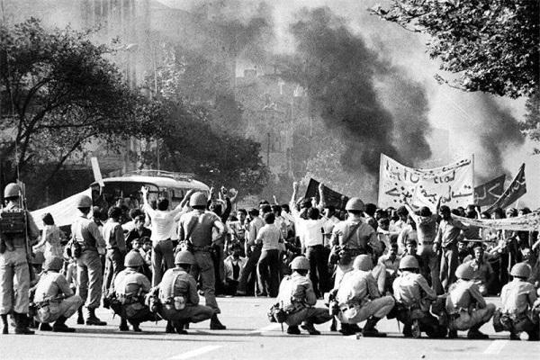 «Vendredi noir» à Téhéran, l`événement qui a accéléré la chute du régime dictatorial du shah