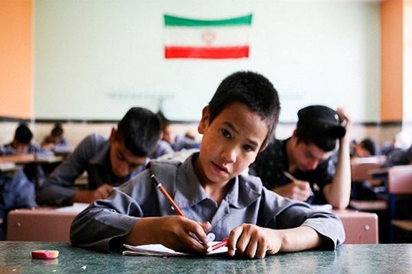 Quel était le point de vue de l'Imam Khomeini concernant l'importance de l'éducation des enfants?