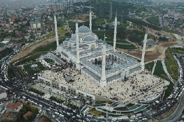 La plus grande mosquée de Turquie a été inaugurée
