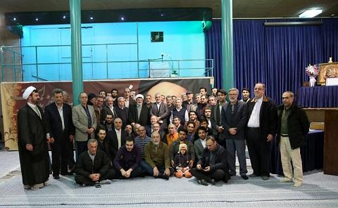 Visite de la maison de l'imam Khomeiny à Jamaran par les membres du centre islamique des diplômés d'Europe