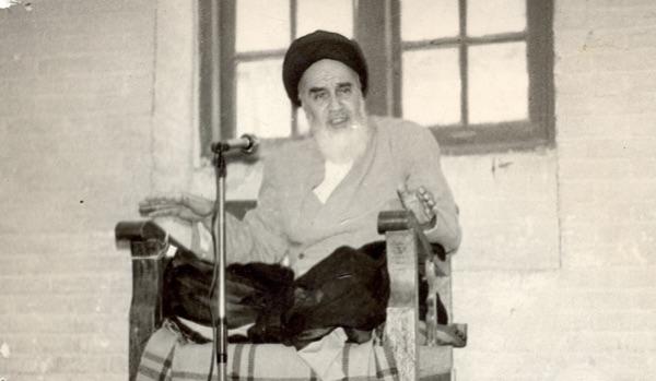 Pourquoi l'Imam Khomeini insistait-il sur la lecture de l'invocation du mois de Rajab?