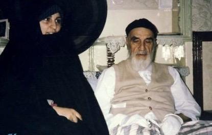 Du point de vue de la belle-fille de l'Imam Khomeini, qu'est-ce qui rendait le plus heureux l'Imam?
