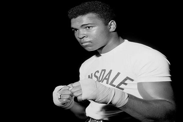 Mohammad Ali Kelly, boxeur musulman bien connu