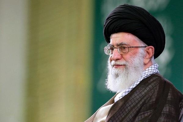 L'ayatollah Khamenei : Suivre Jésus exige l'adhésion à la justice