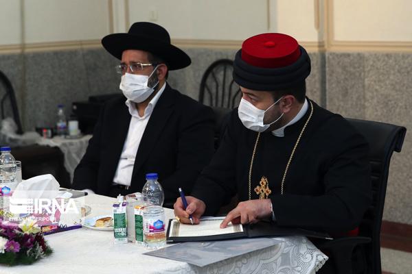 Minorités religieuses en Iran: La liberté ne doit pas aboutir à l`insulte aux saintetés divines