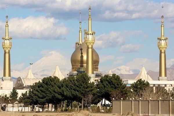 Qui fut le concepteur du mausolée du fondateur de la République islamique, et quelles étaient les étapes de sa construction?