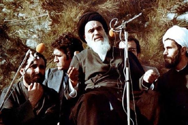 L`Imam Khomeini et son point de vue sur la propagation de l'Islam falsifié