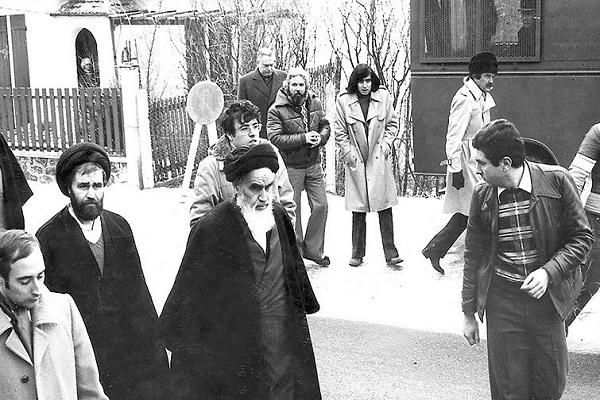 Pourquoi la rencontre entre l'imam Khomeini et Bakhtiar n'avait pas eu lieu !?