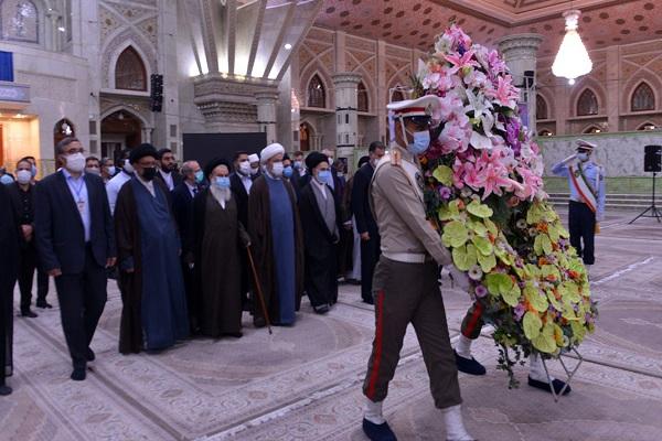 Renouvellement de l`Alliance des invités de la Conférence de l`Unité Islamique avec les idéaux de l`Imam Khomeini (PSL)
