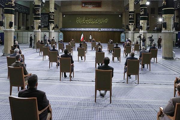 La première réunion du 13e cabinet avec le Guide suprême de la Révolution