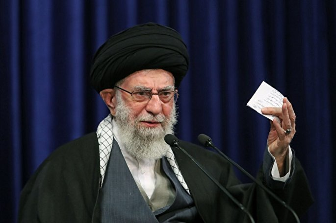"L'honorable Ayatollah Khamenei: ""L`Iran veut des actions, pas des paroles!"""