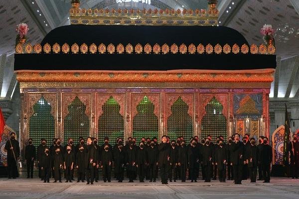 Cérémonie de deuil de Muharram au Saint sanctuaire de l'Imam Khomeini