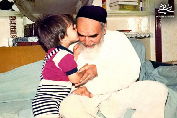 Pourquoi l'imam Khomeini (ra) ne voulait-il pas voir son petit-fils les derniers instants de sa vie?