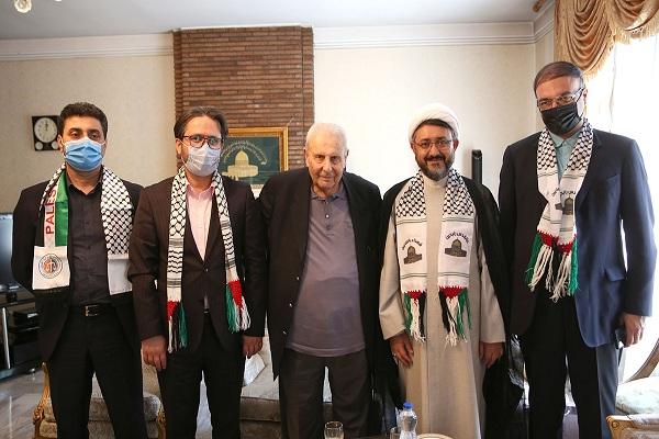 Rencontre de hojatalislam wa-l-muslemin Komsari avec l`ambassadeur palestinien en Iran