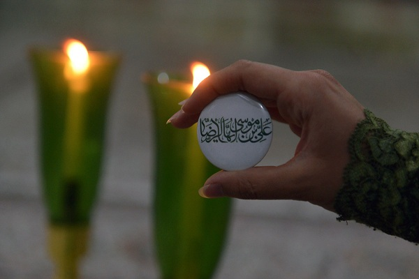 La commémoration de l`anniversaire de la naissance de l`Imam Reza au sanctuaire de l`imam Khomeini