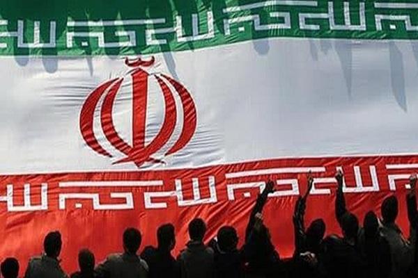 La révolution iranienne visait l`indépendance et la dignité