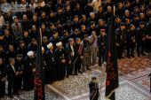 drapeaux de deuil au-dessus des saints mausolées