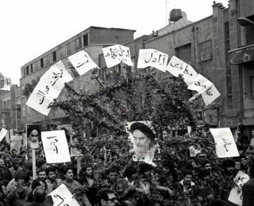 امام خمینی(رہ) کی تحریک، سماج پر حاکم اقدار میں ایک واقعی انقلاب تهی