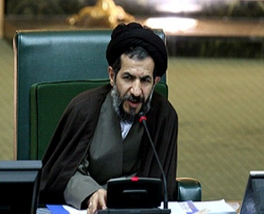مقام بندگی امام خمینی(رح) جیسی شخصیت کی تربیت میں دخیل ہے